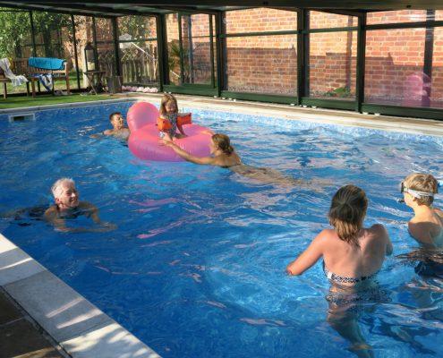 EasyGlideTelescopic Pool Enclosure Installation Mr Braybrook 02