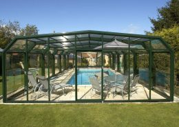 Easyglide 5 Angle Telescopic Pool Enclosure 01