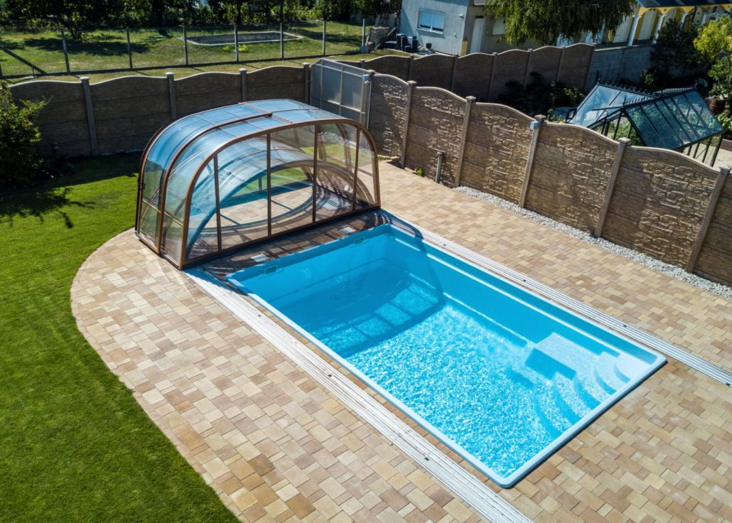 Mixed Height Telescopic Pool Enclosure Gallery Swimex Over 1000 Uk Pool Swimming Pool Enclosures Installed