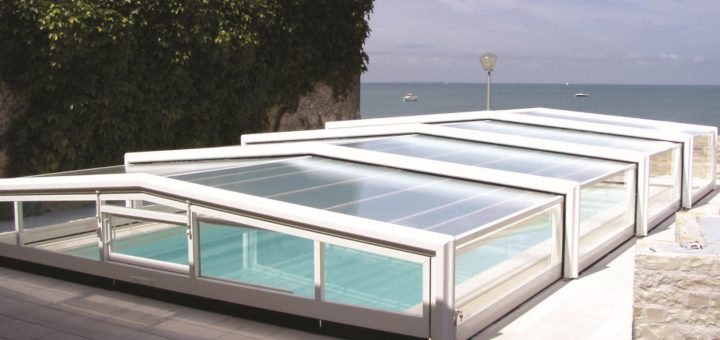 Low Profile Telescopic Pool Enclosure 01
