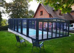 Telescopic Pool Enclosure Freestanding Three Angled Grey 01